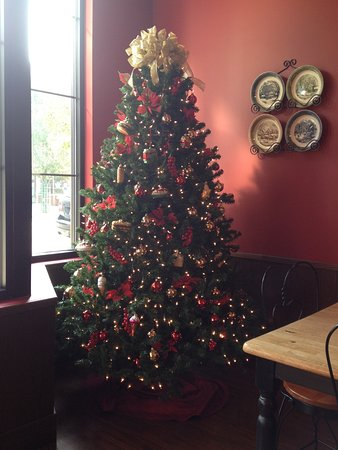 Sebring, OH: Our food themed Christmas tree