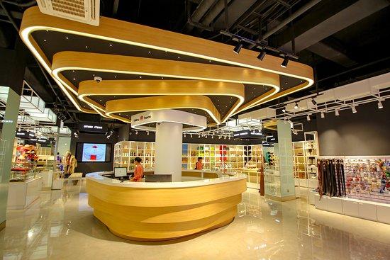 Galleria Souvenir Store