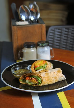 Roasted Veggie Wrap with Coriander-Calamasnsi sauce