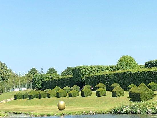 Egeskov linna ja puutarha