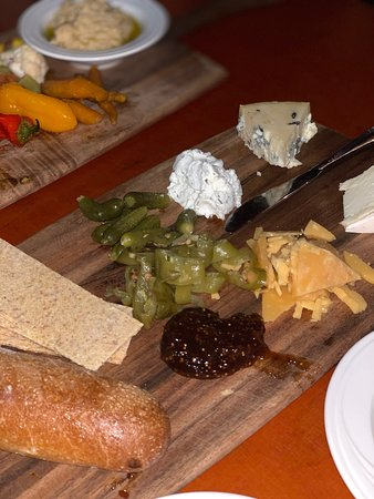 Annandale on Hudson, NY: Cheese board