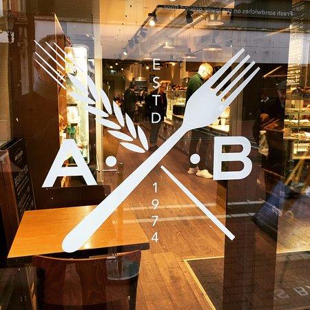 Ann's Bakery: North Earl Street