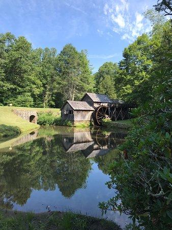 Meadows of Dan, VA: Mabry Mill