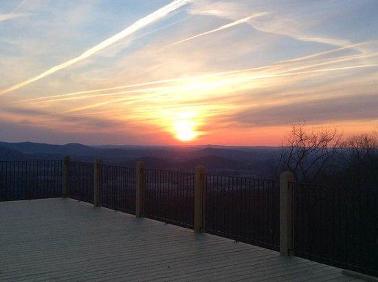 Stanardsville, Wirginia: Brand New Mountain Lodge Views