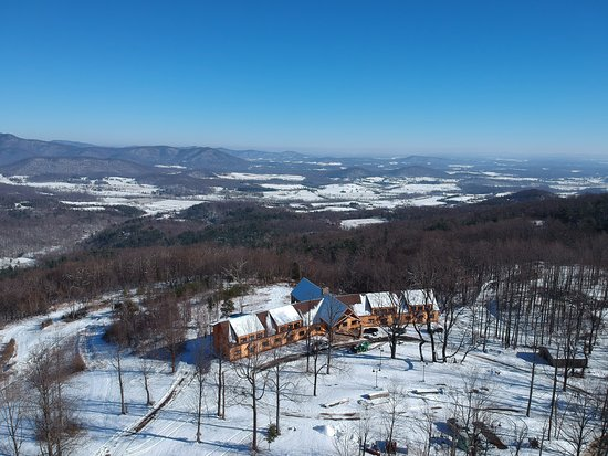 Stanardsville, Wirginia: Lydia Mountain Lodge - open year round - spectacular views!