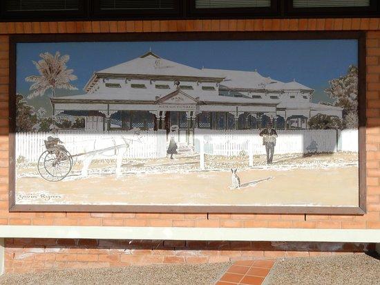 Bowen Mural City