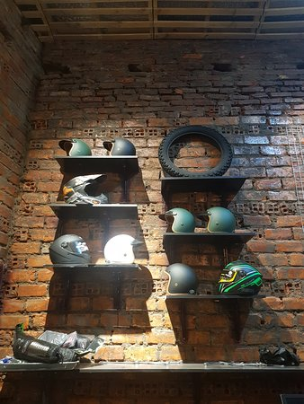 Rental Motorbike Vietnam - The shop