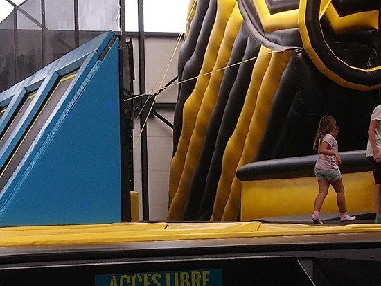 Let's Jump Trampoline Park