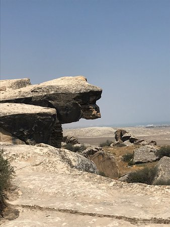 Ultimate Gobustan National Park and Mud Volcanoes Tour – kuva