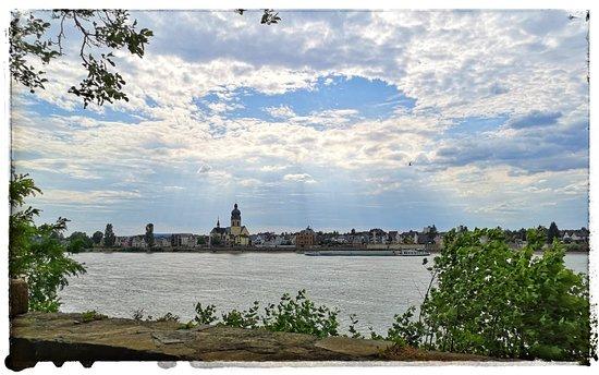 Urbar b Koblenz am Rhein ภาพถ่าย