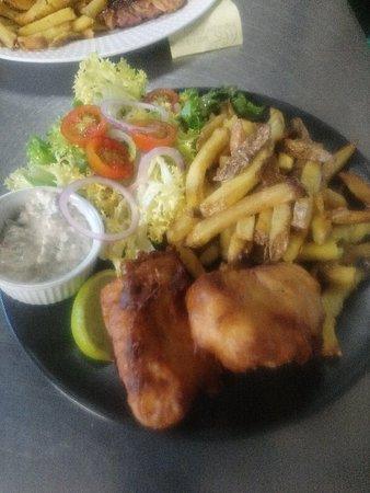 Prades-le-Lez, ฝรั่งเศส: Cuisine de saison et Gourmande , produits frais,  accueil et lieu très chaleureux  ! Un très agréable moment, je recommande vivement  !