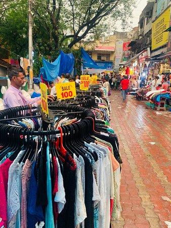 Sarojini Nagar Market (New Delhi) - 2019 What to Know Before