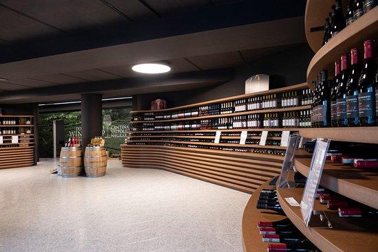 Wine shop Domini Veneti Sirmione
