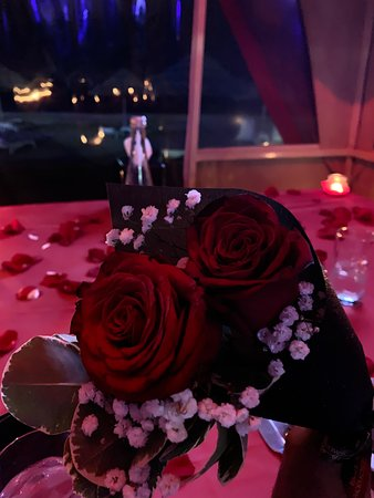 Great view, great service and romantic!