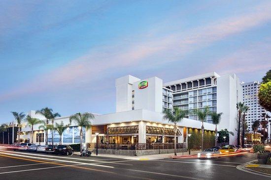 Courtyard by Marriott Long Beach Downtown Hotel