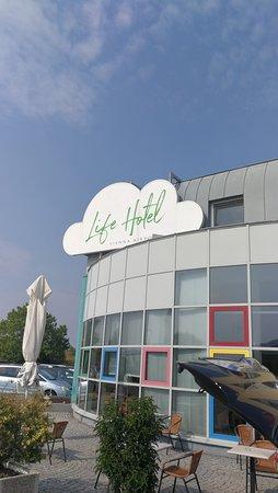 Life Hotel Vienna Airport Photo