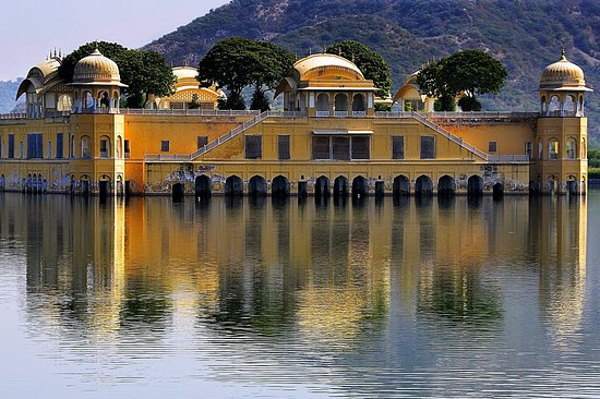 Armaan Holidays : Royal Rajasthan Tour