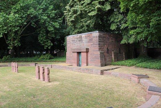 Haubourdin, ฝรั่งเศส: Interior cementerio