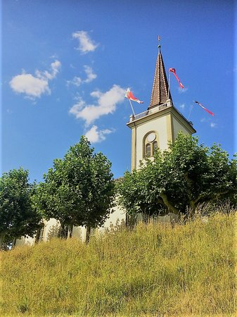 Bussigny-pres-Lausanne, Sveits: Bussigny church july 2019