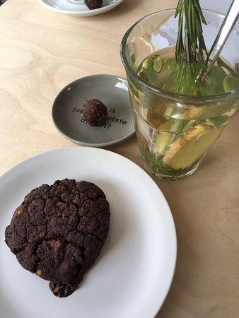 Sfeervolle vegan lunch & thee