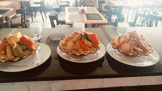 Dar Bouazza, المغرب: Couscous Traditionnel