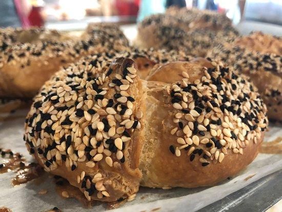 Lehamim Bakery- Hashmonaim st. 103: מאפיית לחמים