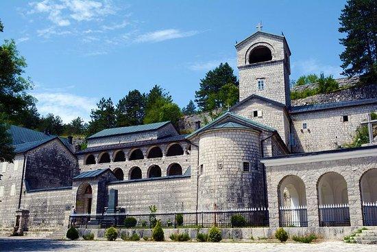 修道院 - 採蒂涅 - 奧斯特羅格 - 莫拉卡 - 蒙特馬雷旅行