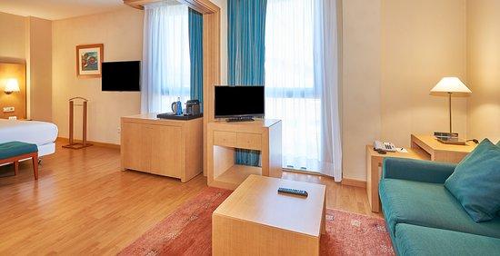 NH Porta Barcelona, hoteles en Costa de Barcelona