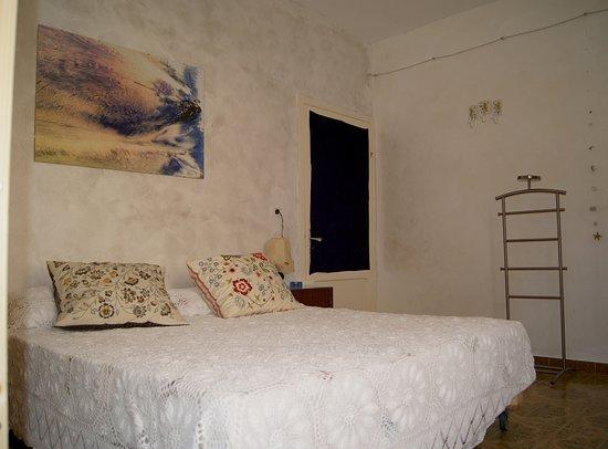 Tufillo, Italie : CasArmonia, stanza per ospiti 4 posti letto: Letto matrimoniale più letto a Castello