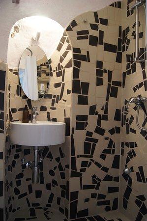 Tufillo, Italie : CasArmonia, bagno con doccia, in comune