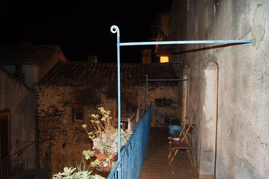Tufillo, Italie : CasArmonia, Balcone