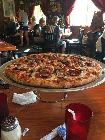 Piseco, NY: Delicious pizza