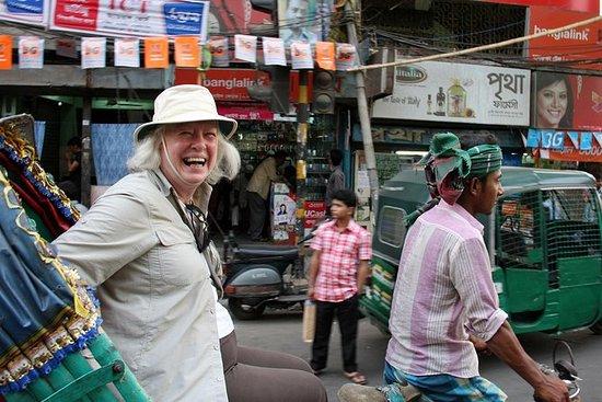 Utforsk Dhaka City på en lokal måte!