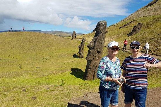 "Heldagstur: ""Discover the Moai"""