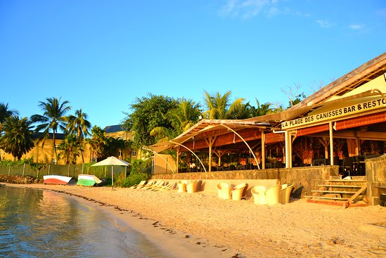 The most romantic restaurant ever! Real Island experience