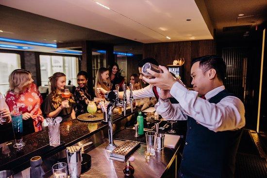 Skyland Bar & Lounge