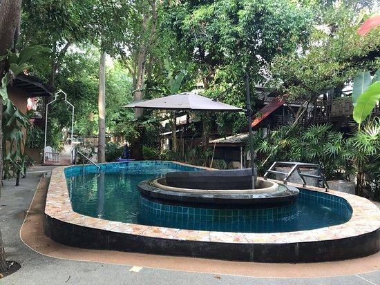 Baan Pong Photo