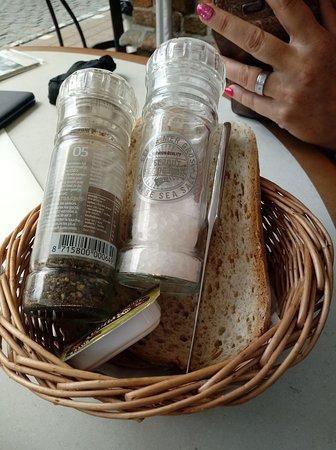Cafe de Vate: brood