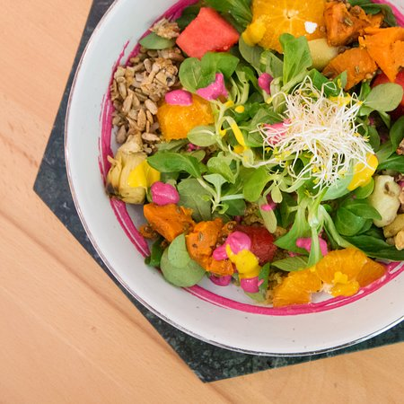 Bol: Buddha Bowl is the best option for your body and your soul.