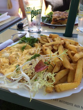 Heches, ฝรั่งเศส: Omelette Fromage Frites