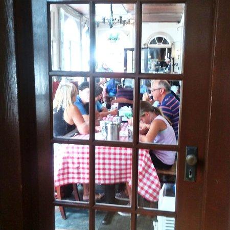 Experience The Old World Charm Of Bear Mountain Pizza & Cafe At The Historic Is Oak Inn!  #bearmtnpizza #westpoint #hudsonvalley #usma #iloveny #bearmountain #thingstodointhehudsonvalley #appalachiantrail #hike #bike #motorcycle  #roadtrip #littleitalyinthehudsonvalley
