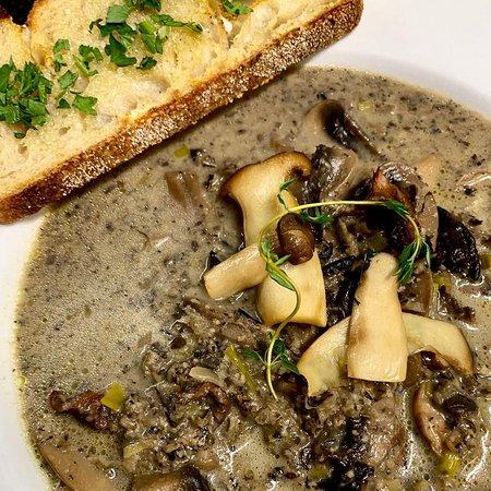 Wild Cream of Mushroom Soup with Sourdough 🙌
