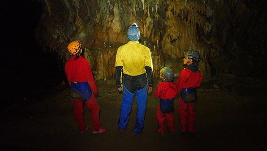 Le Versoud, France: L'étude de la grotte