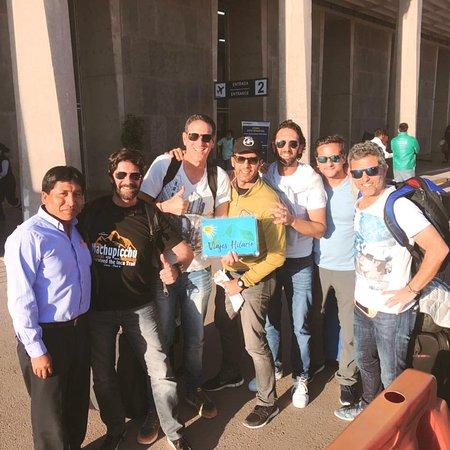Con nuestros amigos de argentina de recorre Camino Inca 4D/3N