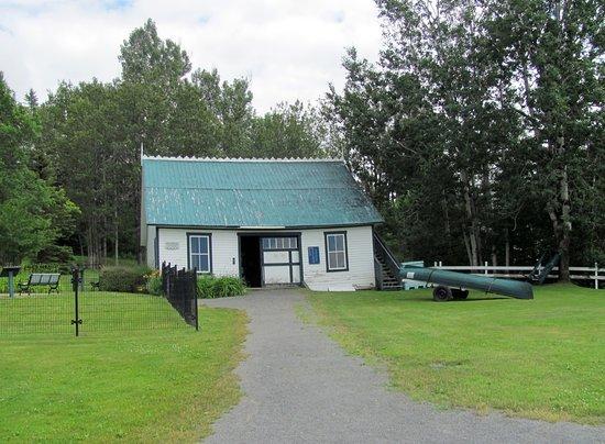 Causapscal, Canada: La remise à canots