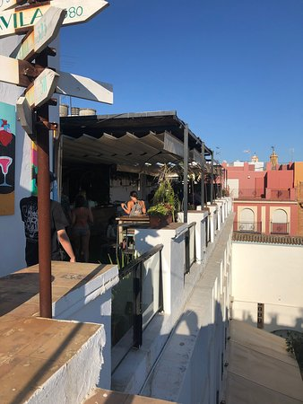 Restaurante Pura Vida Terraza En Sevilla Con Cocina