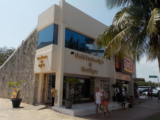 Gold Fusion Spa & Boutique: SPA