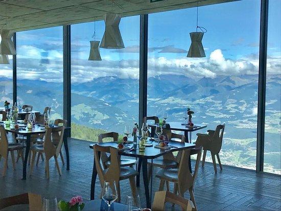 ALPINN FOOD SPACE & RESTAURANT, Brunico - Menu, Prices ...