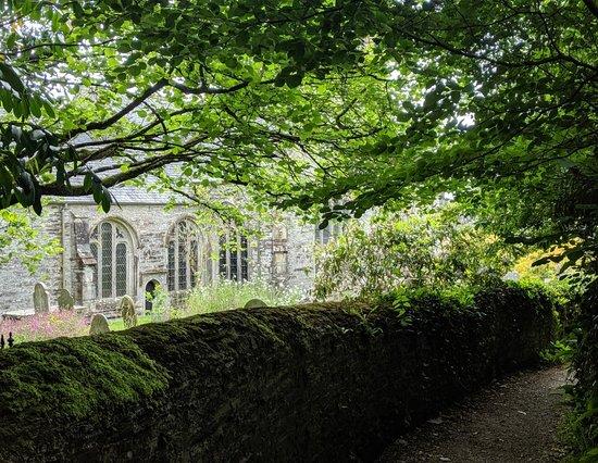 Buckland Monachorum, UK: The Inn, village, and surrounding countryside