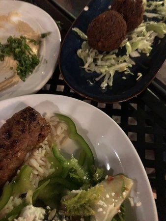 Una buona cena dai sapori mediorientali